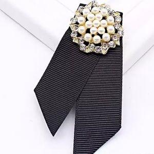 Jewelry - Grosgrain Pearl Brooch